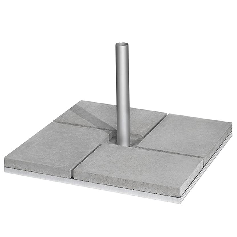 Fahnensockel mit Betonplatten